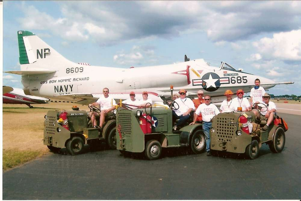 Jet Ramp Crew in front of A4 summer 2009