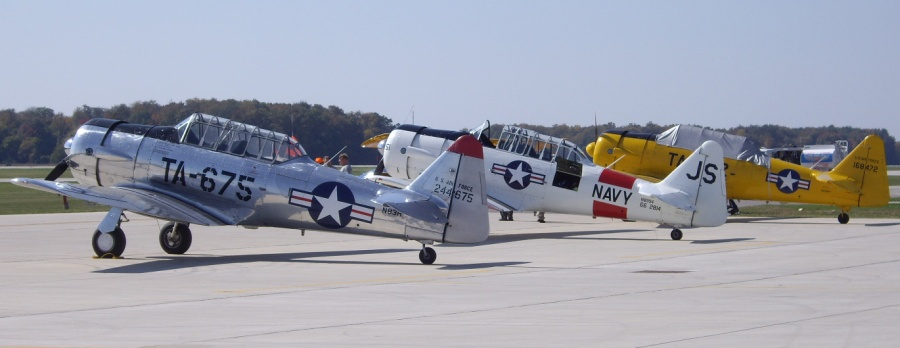 I rode in tight formation in the white SNJ2 and the yellow T6G.